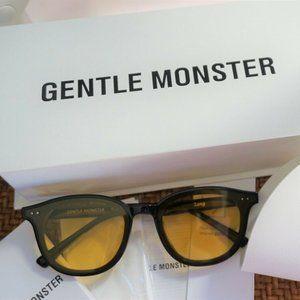 Gentle Monster Sunglasses LANG 01(OR)